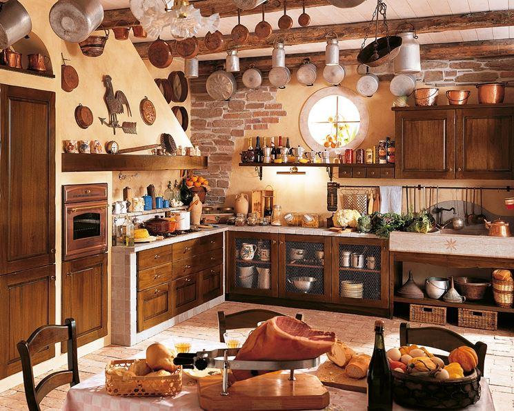 Cucine Particolari In Muratura. Salotti Divani Imbottiti Poltrone ...